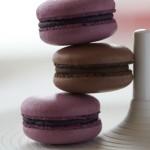 "Christian Hümbs - La Mer | ""Petit fours"" - Macarons von Heidelbeere & Schokolade"