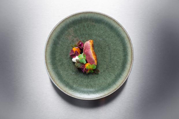 Ente, Süßkartoffel, Sauerampfer • Helge Kirchberger Photography / Red Bull Hangar-7